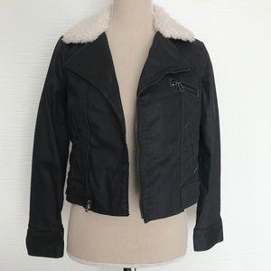 NEW‼️ Levi's Black Jean Jacket With Fur XS